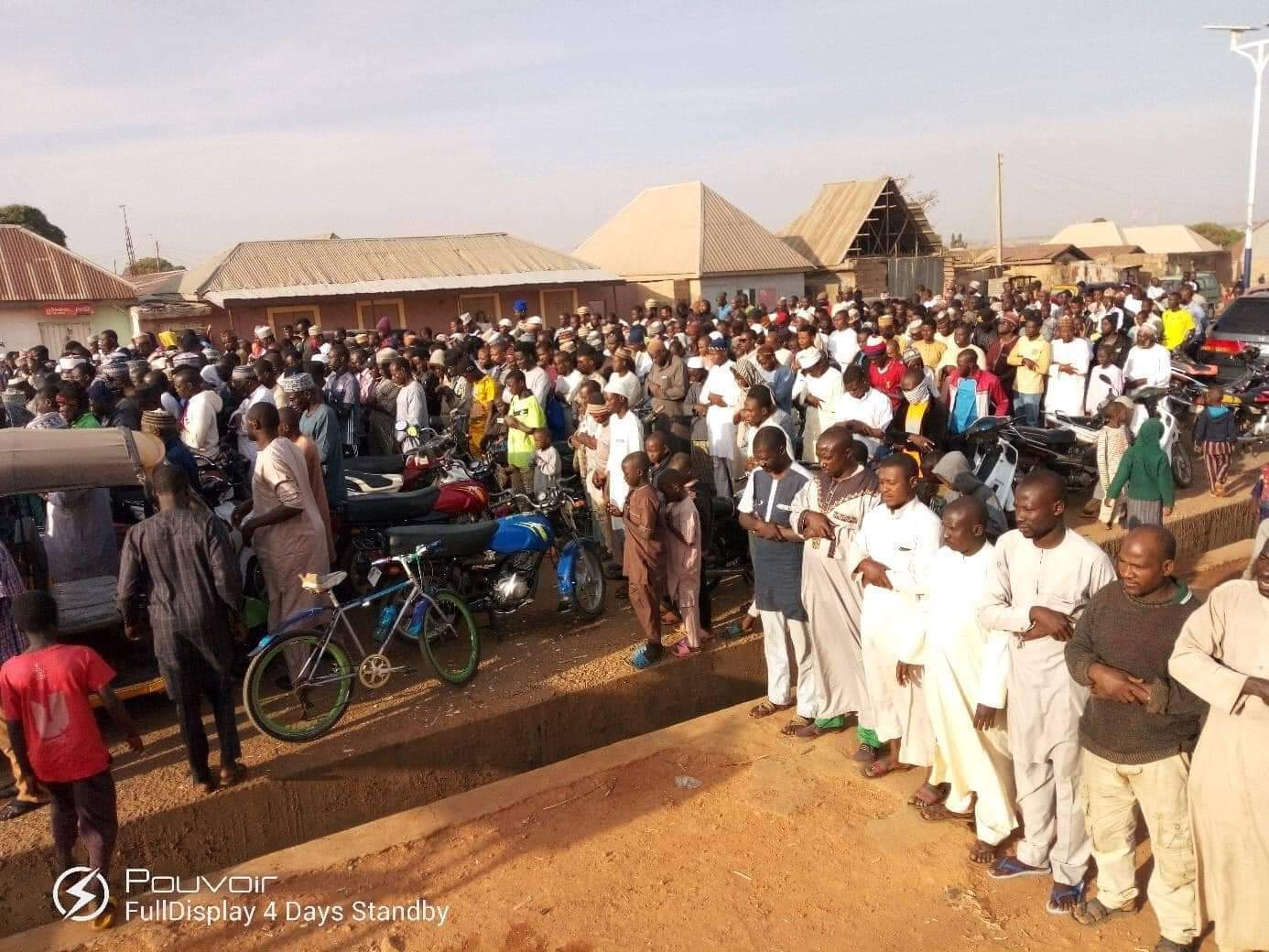 mamoth crowd at the funeral prayers for the remains of late Rabiu Auwal in Rigasa